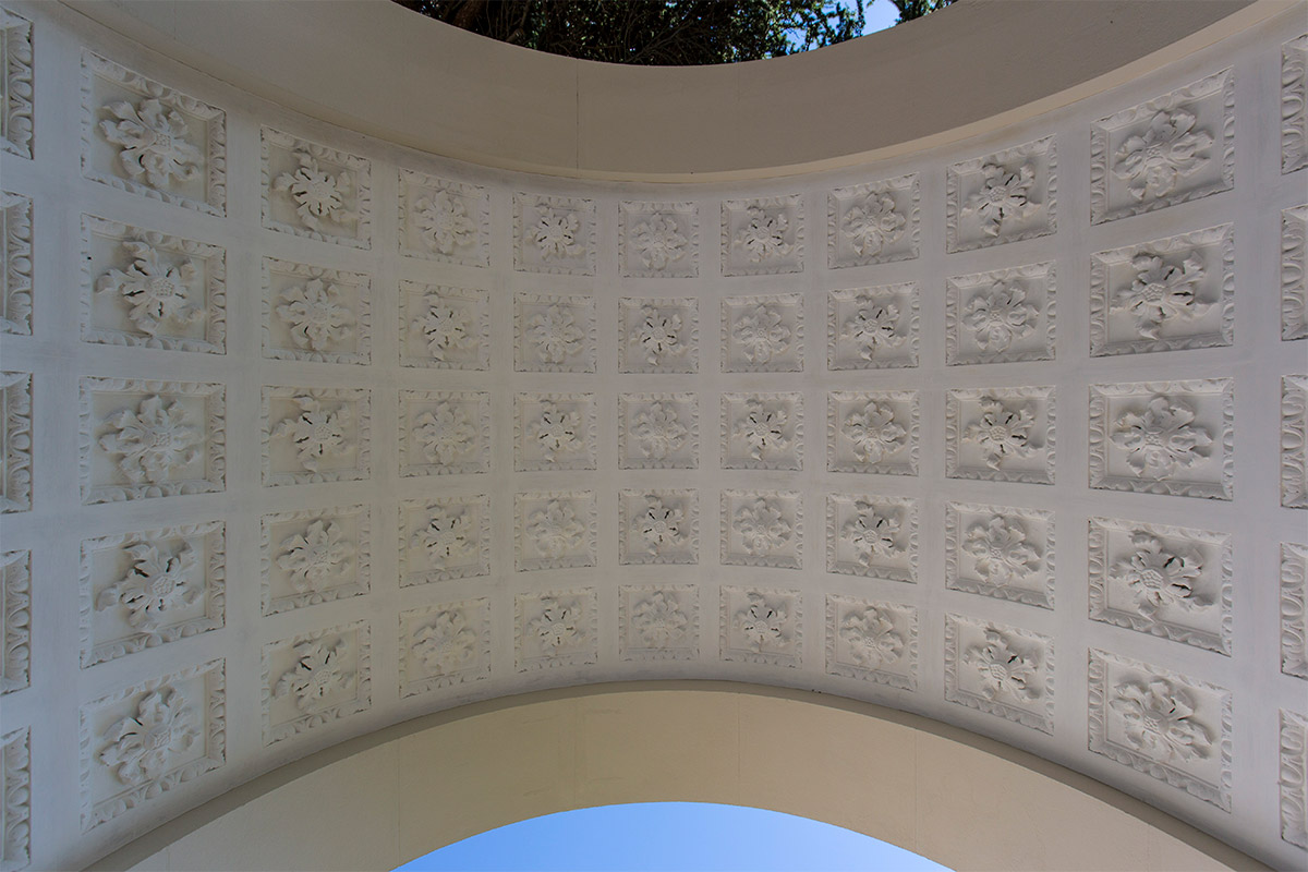 Detail lime plaster moulding work under an archway of gunnersbury park museum renovated by Lime Green